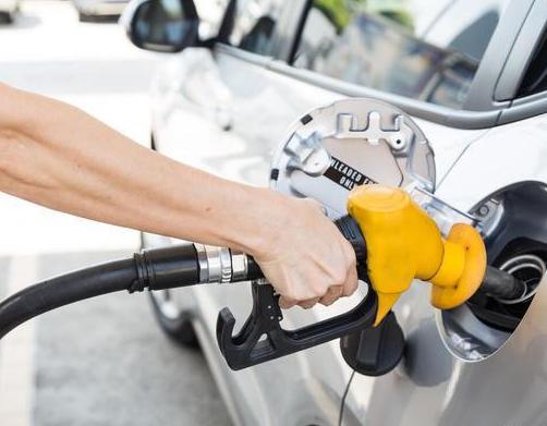 为什么国内油价一涨就反对声一片,那么油价多少钱才合适呢?